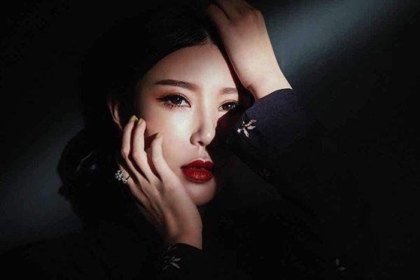 安若溪为什么叫安总 网红是她最不起眼的身份本身是女强人